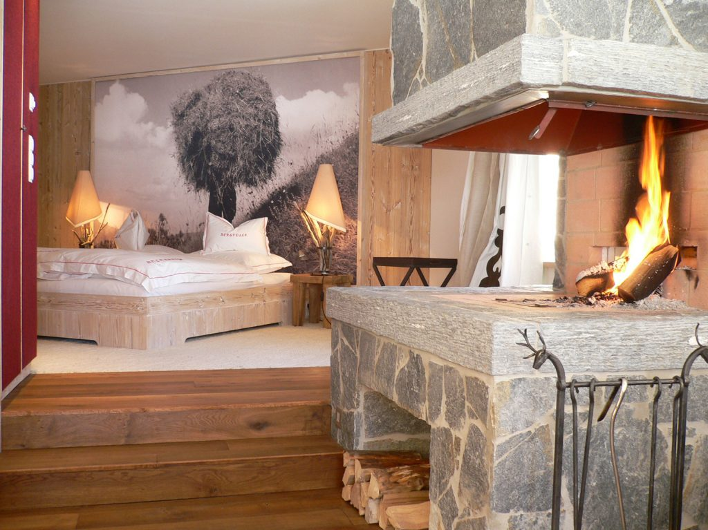 design chalet trifft alm h tte mit ihrem thomas cook. Black Bedroom Furniture Sets. Home Design Ideas